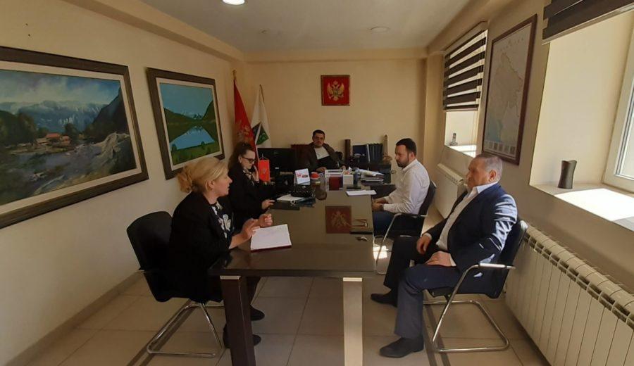 Održan sastanak opštinskog rukovodstva sa predstavnicima Crvenog krsta