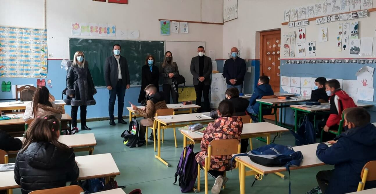 Canović: Škola nema ni grijanje, ni direktora, Opština će pomoći u skladu sa mogućnostima