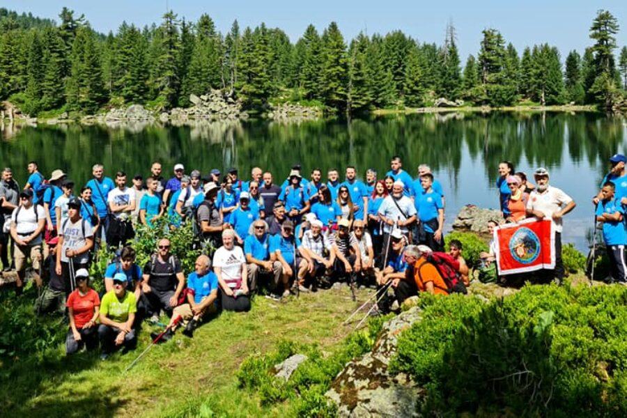 Prvi planinarski pohod Putačama Hrida, više od 100 učesnika